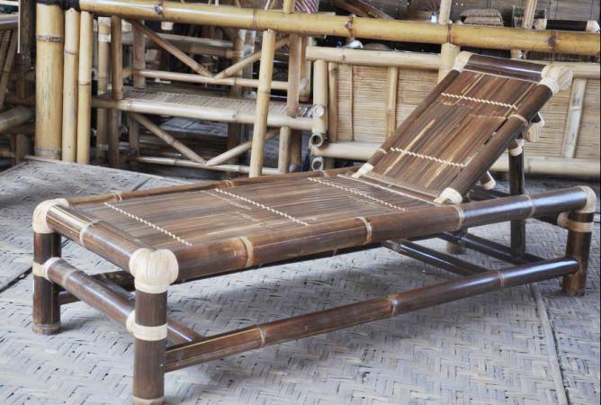 Menangguk Untung Dari Bambu Wulung Oleh Bambang Setyawan