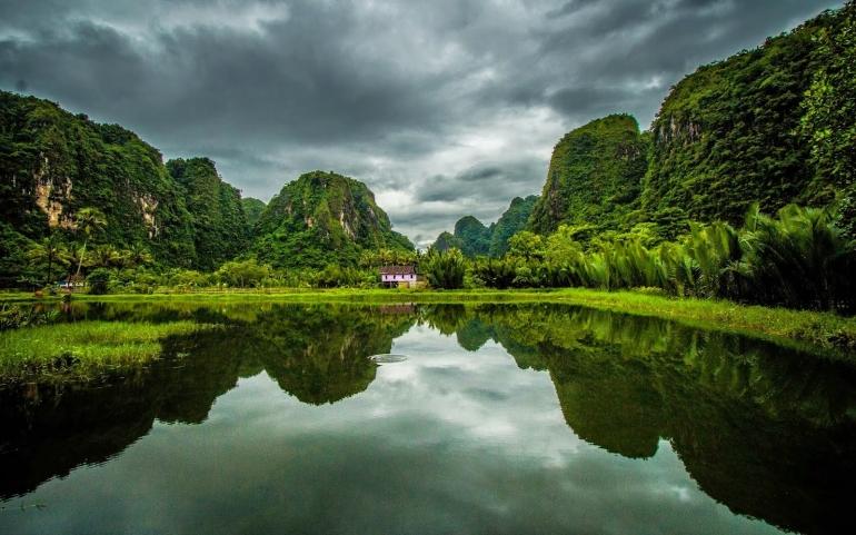 Sumber: anekawisatanusantara.blogspot.com
