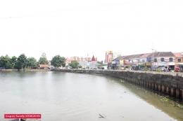 Menjelang jam 11.30 wib kondisi Situ Tujuh Muara sudah mulai bersih dari sampah dan eceng gondok. (Foto: Gapey Sandy)