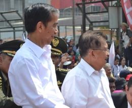 Presiden Jokowi dan Wapres Jusuf Kalla I Dok Ninoy N Karundeng