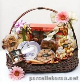 gambar diambil dari www.parcellebaran.net
