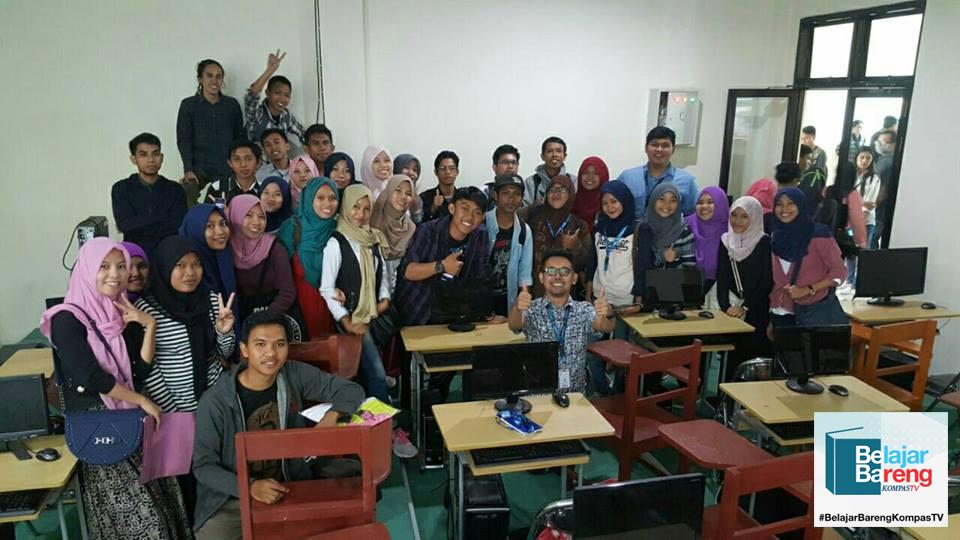 Belajar Bareng Kompas di Universitas Gorontalo