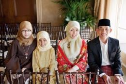 Arcandra dan keluarga (Kompas.com)