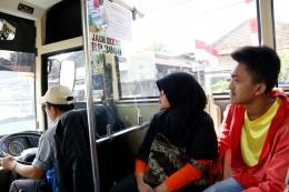 Foto-foto, Dok Pribadi J.Krisnomo, suasana di salah satu Bus Kota di Kota Bandung, Minggu (21/8/16).