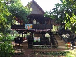 bentuk kelas di sekolah alam indonesia