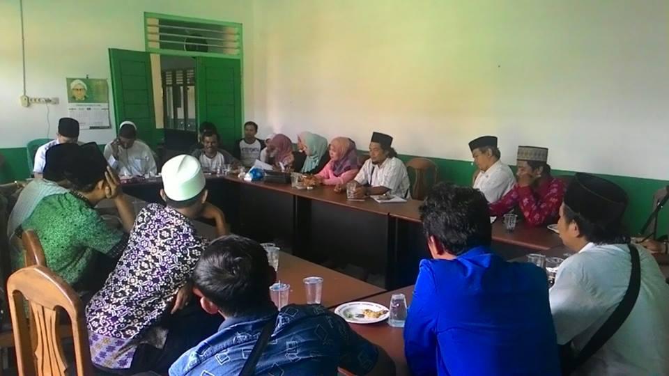 Diskusi Masri Koto Dengan Pengurus PWNU Lampung, Fatayat NU, Laskar Aswaja & perwakilan Pendamping Desa Lampung, di Gedung NU Lampung, Jalan Cut Meutia, Minggu (28/8/2016)