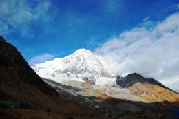Annapurna south dilihat dari ABC. Foto merupakan dokumentasi penulis
