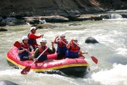 Raftingdi Sungai Citatih