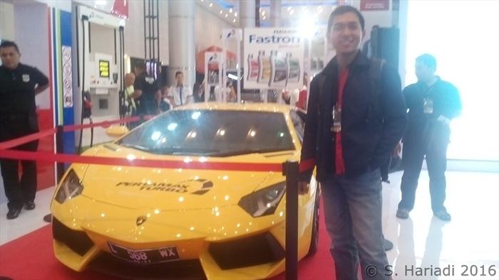 Narsis dengan Lamborghini (dok. pribadi)