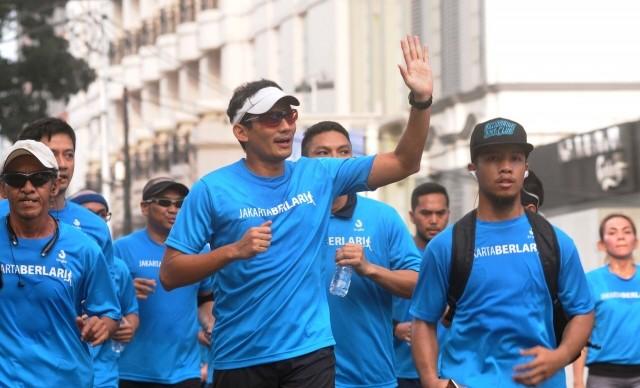 Cagub Sandiaga Uno bersama rombongan larinya (merdeka.com)