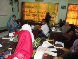 Bunda Zakyzahra Tuga di Gerakan Nasional Literasi Bangsa 2016 Surabaya