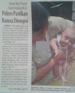 Foto Koran Harian Rakyat Bengkulu saat menampilkan gambar seorang bayi muntah setelah divaksin BCG di Rejang Lebong, Bengkulu. (sumber : Rakyat Bengkulu (29 /12)