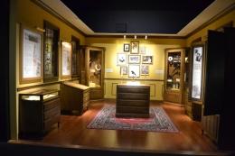 Ruang spesimen / The Victorian study room (dokumentasi pribadi)