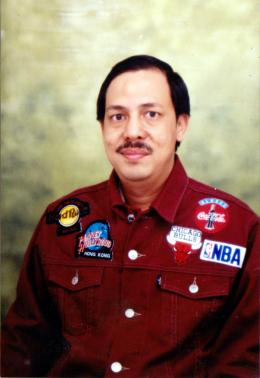 Bergaya di studio foto pada awal 1997. (Foto: koleksi pribadi)