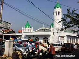 Mesjid tua di Lolongok yang ramai dikunjungi peziarah dari luar kota