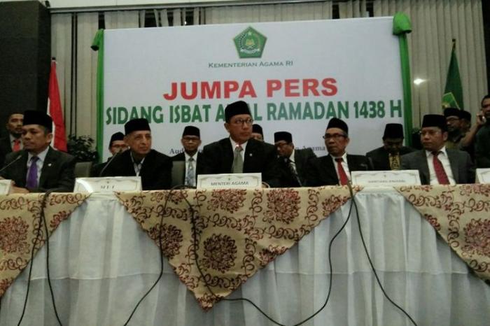 Menteri Agama : Sidang Itsbat ditetapkan pada Hari Ahad 25 Juni 2017, Berdasarkan 6 Saksi Yang Melihat Hilal