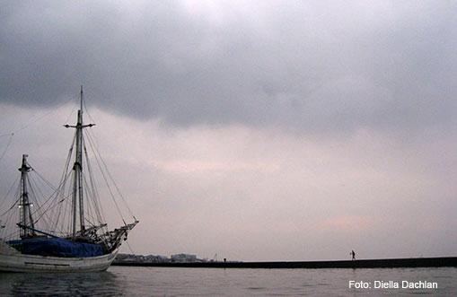 Kapal berlabuh di Pelabuhan Sunda Kelapa