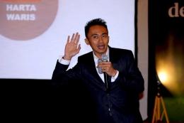 Henra Sensei dalam kesempatan menjadi pembicara di acara Kompasiana Nangkring bareng AXA pada Kamis, 13 Juli 2017 , di JS Luwansa Hotel, Jakarta Selatan. (Dok Ganendra)