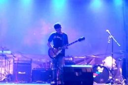 Penampilan bintang tamu Ipank Ahmad Solo Guitars dalam acara