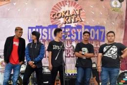 Grup Band Counsllet asal Kampung Jaya Mekar, Desa Jaya Mekar Kecamatan Cibugel, Kabupaten Sumedang (Sumber foto: Biotic Sadulur)