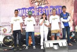 Grup Band Crowz Fazon asal Kampung Jeungjing, Desa Samida Kecamatan Selaawi, Kabupaten Garut (Sumber foto: Biotic Sadulur)