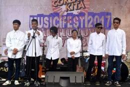 Grup Band Ska-Ruhun asal Kampung Pasir, Desa Samida Kecamatan Selaawi, Kabupaten Garut (Sumber foto: Biotic Sadulur)