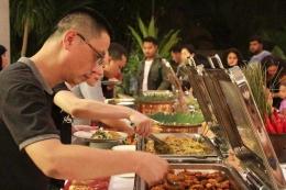 Jamuan makan malam berkonsep buffet / dap