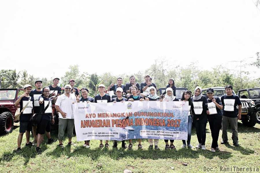 Foto Seluruh Peserta Offroad di Gunung Kidul (Dok. Rani Theresia)