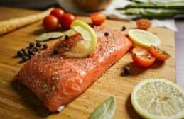Meski ikan sudah jelas kehalalannya namun harus dipastikan apakah masaknya tidak bercampur dengan bahan tidak halal? Dok. Pribadi