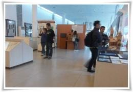 Keramaian pengunjung di dalam museum (Dokpri)