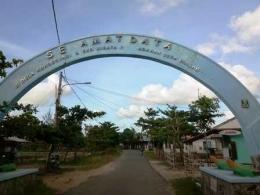 Gerbang Masuk Pantai Cibuaya (Dokpri)