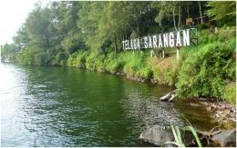 Telaga Sarangan, salah satu objek wisata di kaki gunung Lawu (Dok. Pribadi)