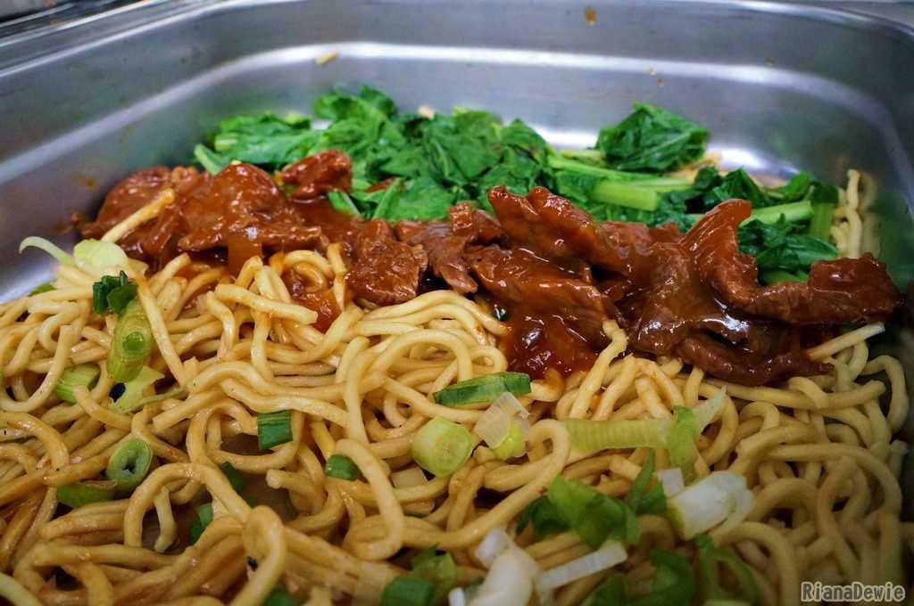 Hasil olahan Lamian dengan ragam sayur-mayur plus toping daging sapi (Dok.Pri)