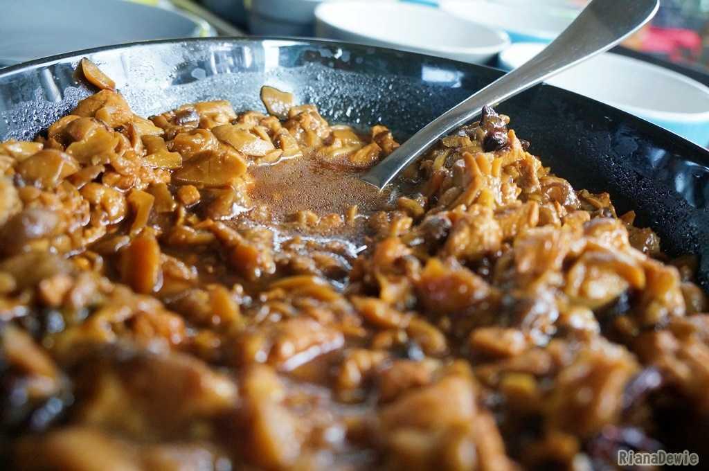 Penampakan toping ayam untuk La Mian (dok.pri)