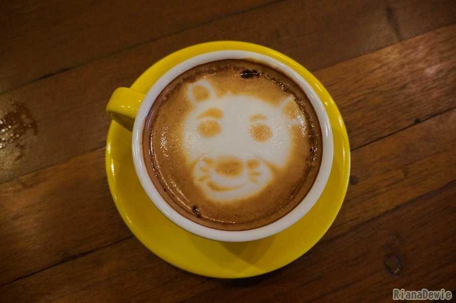 Penampilan cantik COffee Latte di Noe Coffee and Kitchen