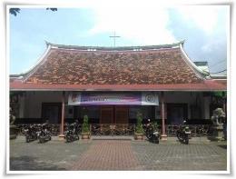 Gereja Santa Maria de Fatima berarsitektur Tionghoa (Dokpri)