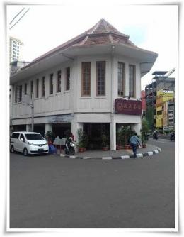 Pantjoran Tea House, dulunya Apotek Chung Hwa (Dokpri)
