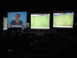 Siaran Langsung Sepakbola dan Pidato Jokowi (Dokpri)