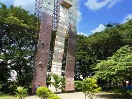 Tower panjat dinding   dokumen pribadi
