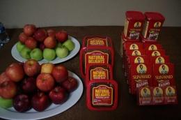 kurma dan buah apel, menu terbaik untuk berbuka (doc. Riana Dewie)
