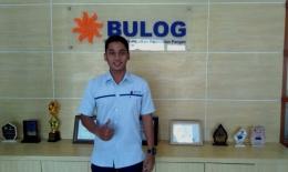 Satria Yudha, Staf BULOG Malang yang melayani seputar RPK. Dok pribadi