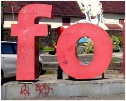 Contoh jejak vandalisme (Dok. Pribadi)