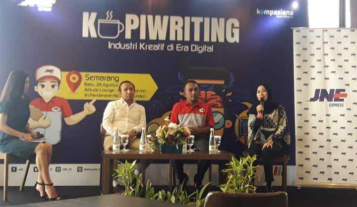 Acara talkshow interaktif KOPIWRITING JNE dan Kompasiana dengan tema Industri Kreatif di Era Digital, di Semarang Jawa Tengah. (Dokpri).