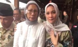 Sesaat sebelum Ratna Sarumpaet mengaku buat hoax. Amien Rais, Ratna Sarumpaet, Hanum Rais. (Sumber: Video Hanum Rais)