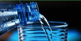 Deskripsi : Kecukupan air minum bagi pecandu amat penting di RSKO Jakarta I Sumber Foto: Pixabay