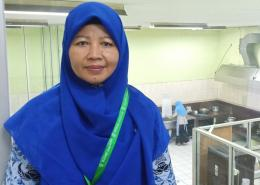 Deskripsi : Dwi Ellis Siswati, SST, RD yang menjabat sebagai Kepala Instalasi Gizi RSKO Jakarta I Sumber Foto : dokpri