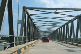Jembatan menjadi patokan menuju Gurun Telaga Biru, Bintan, Kepulauan Riau.   Dokumentasi Pribadi