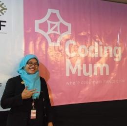 Kenalkan saya, Heni Prasetyorini, Presiden Komunitas Coding Mum Indonesia, periode 2018-2020