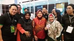 Coding Mum Pontianak & Makasar bersama bu Risma & pak Triawan Munaf di Bekraf festival Surabaya