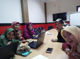 Workshop Coding Mum di Semarang. Ngajar sambil jaga balita